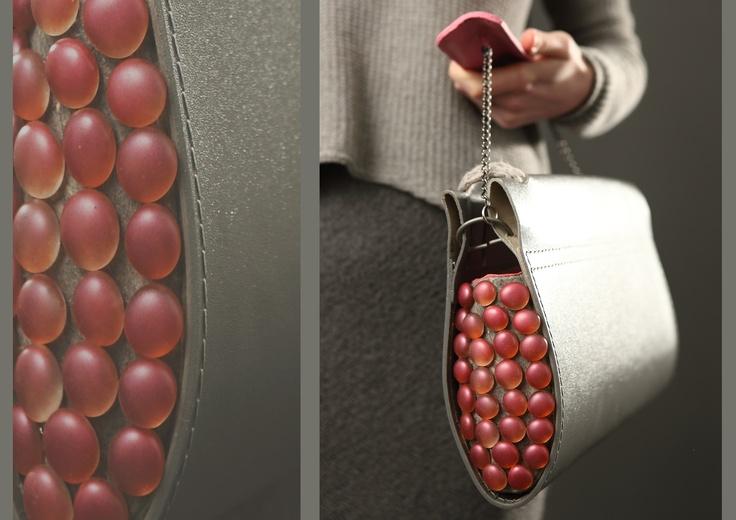 "VANDUT Geanta ""Details IN the fabric s/s 2012"" Sandra Chira , piele naturala / materiale textile si accesorii metalice de SandraChira Breslo"