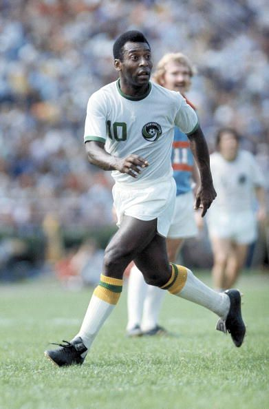 Pelé. #soccer #brazil #newyorkcosmos http://www.pinterest.com/TheHitman14/sports-usa-world/