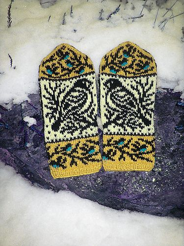Wintery birds mitten pattern with the thumb gusset. The mittens are knitted using just two colors at a time, the birds chests are embroidered with duplicate stitch afterwards.