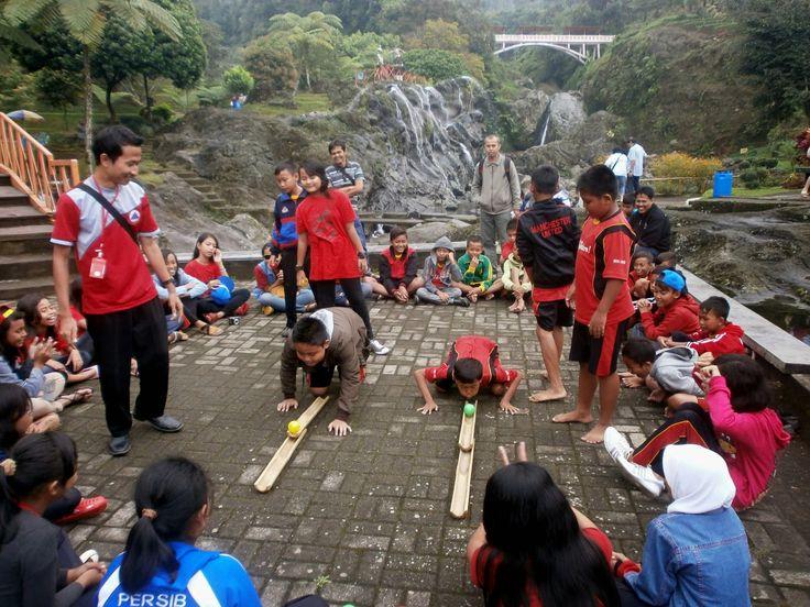#PesonaTransWisata Sebuah layanan Jasa Tours & Travel di Indonesia yang menggabungkan konsep Edukasi (Pendidikan) dan FUN Games (Permainan). PIN 2A82A1F9