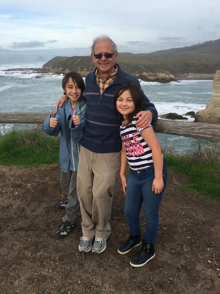 The kids with Opa on the Coast