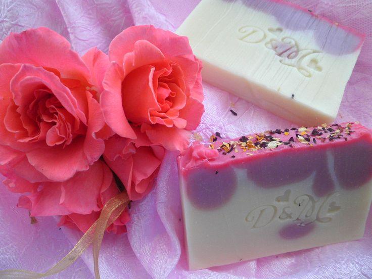 Jabón de Rosas, para el enlace de David de María