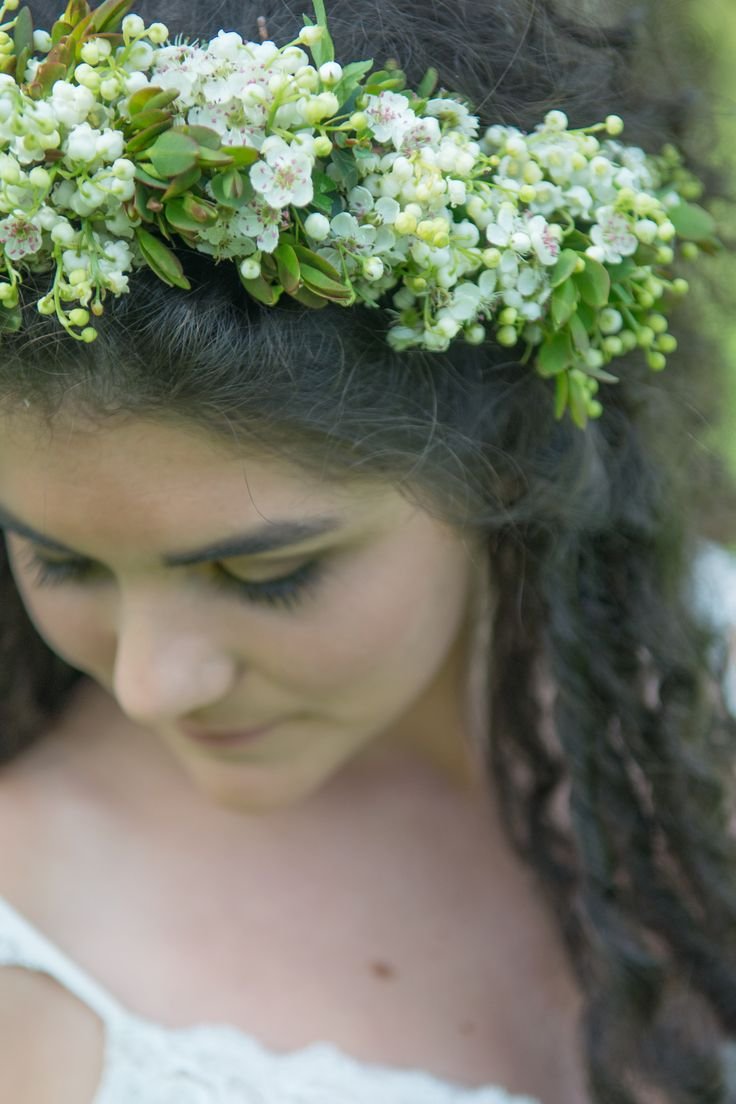 Wild flower headdress by Judith Coles of Wild at Heart Country Flowers worn by Lillie at The Cow Shed at Freathy Farmhouse