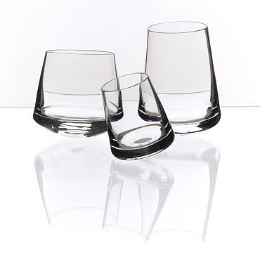 Drinking Glass Twist by Rony Plesl. #ronyplesl #kvetna #twist #design #designshop #glass #leporeloplus #leporelo #brno