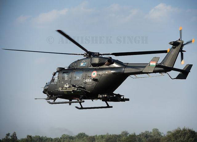 Resultado de imagen de helicópteros indígenas Rudra y HAL Dhruv