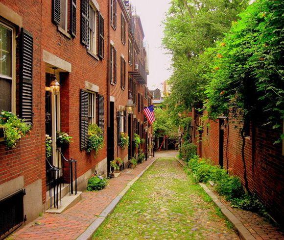 Acorn Street, USA