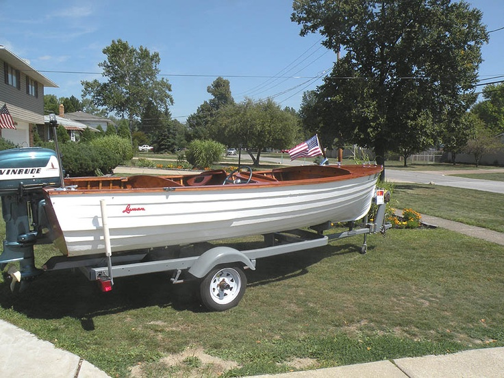 172 best vintage runabouts images on pinterest for Runabout boats with outboard motors