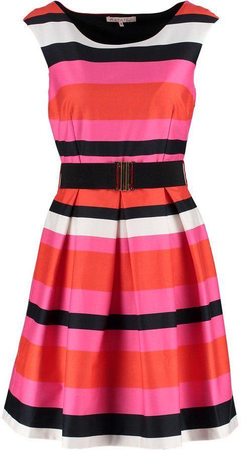 """Pin for Later: 15 Kleider, die geradezu schreien: """"Frühlingsanfang!""""  Anna Field Kleid orange/pink (50 €)"""