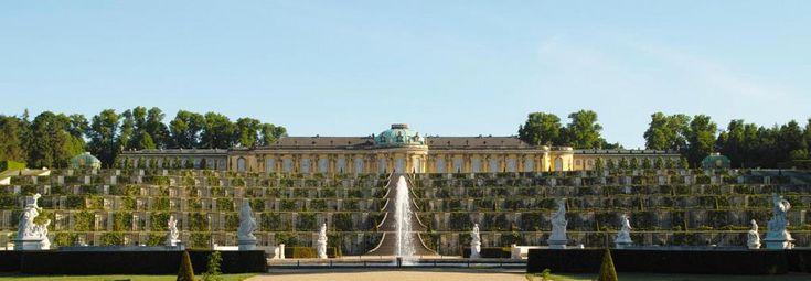 Linnat ja Gardens> Linnat ja Gardens läpileikkaus> Objekti> Sanssouci Palace: Foundation for Preussin linnat ja puutarhat