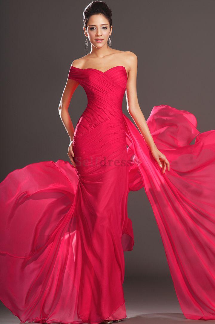 Die 14 besten Bilder zu Red Prom Gown auf Pinterest   Abschlussball ...