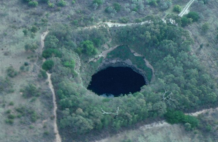 Hells Hole on the outskirts of Mount Gambier.    http://www.cavedivers.com.au/sites/default/files/member_gallery_image/295/n2487-u295.JPG