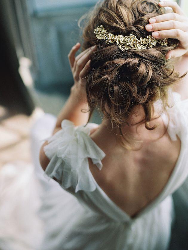 Enchanted-Atelier-by-Liv-Hart-Laura-Gordon-Photography-Bridal-Musings-Wedding-Blog-16.jpg 630×837 ピクセル