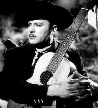 Aqui dejo la biografia de uno de los cantantes mas famosos.