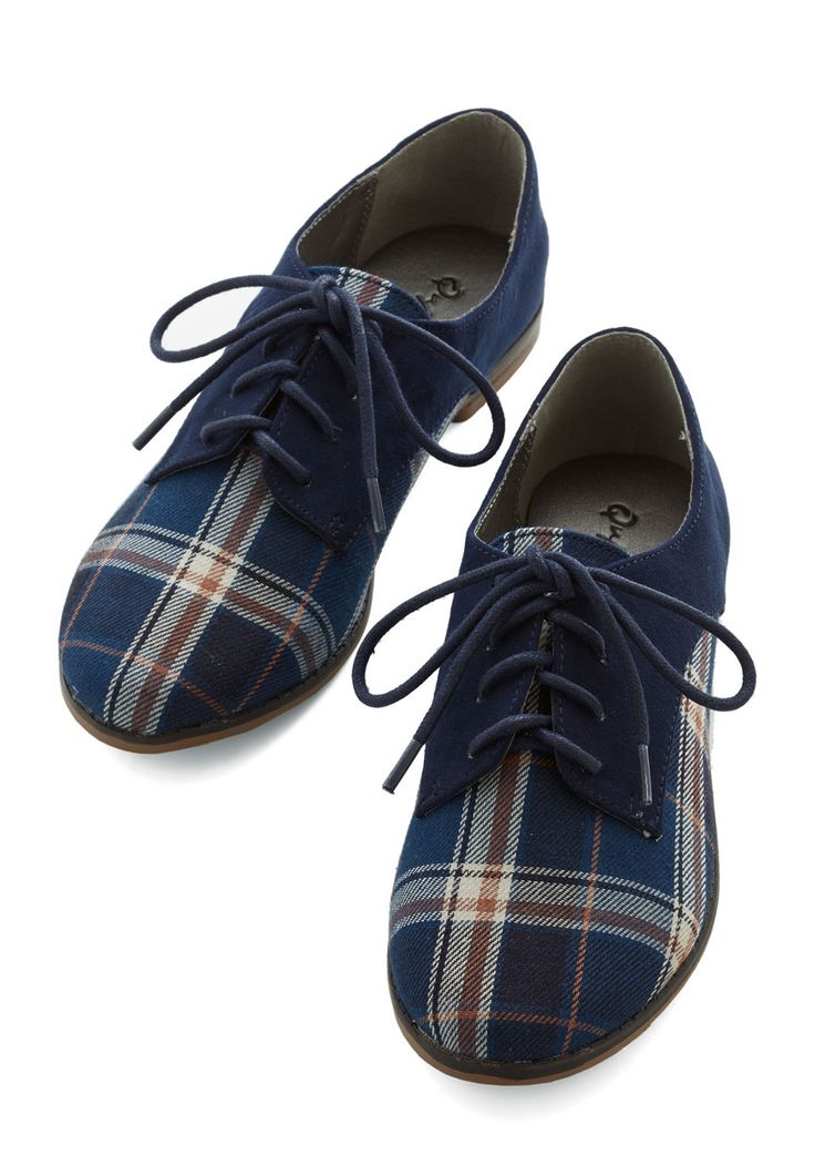 Stepping to the Beat Flat in Plaid. A playlist of your favorite tunes pumps through your headphones as you make your way to the bus stop in these tri-tone Oxford flats. #blue #modcloth