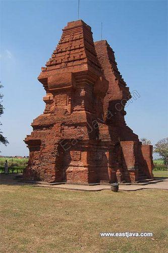 Wringinlawang Temple - Mojokerto - East Java by eastjava.com, via Flickr