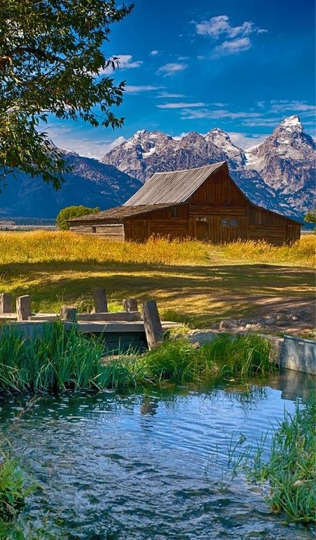 Mormon Row, Grand Teton National Park, Wyoming - finally got to go here, tried to get here once before but was blocked by snow/closed roads