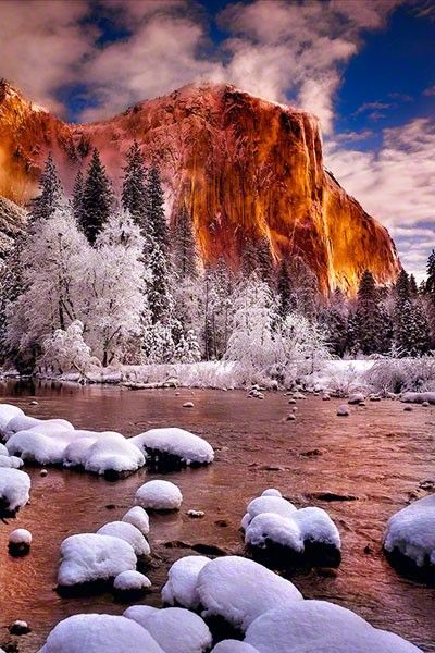Winter Tower, Yosemite National Park, Califonia; SO BEAUTIFUL = ° )