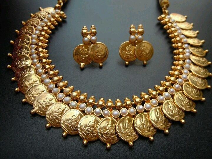 gold and pearls, necklace and earrings