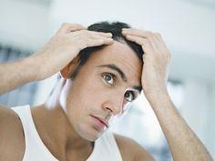 Comment faire un masque contre la chute de cheveux ? La chute de cheveux ou alopécie est un vrai complexe pour certaines personnes. Les causes sont multiples : stress, changement d'hormones, maladie ou même hérédité. Ce masque capillaire va stimuler le cuir chevelu et favoriser la repousse des cheveux.