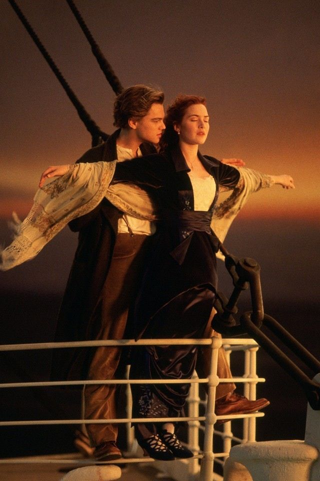 "one of the best movie scenes ever in ~ ""TITANIC"" starring ~ Kate Winslet  Leonardo DiCaprio"