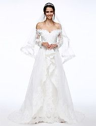 2017 Lanting bride® A-line esküvői ruha csipke / organza gyöngyfűzés / virág / appliques