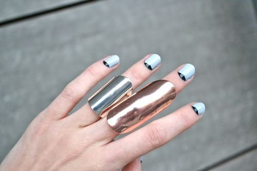 bluesMoon, Metals Rings, Rocker Nails, Fingers, Street Style, Blog, Revere French Manicures, Black, Blue Nails