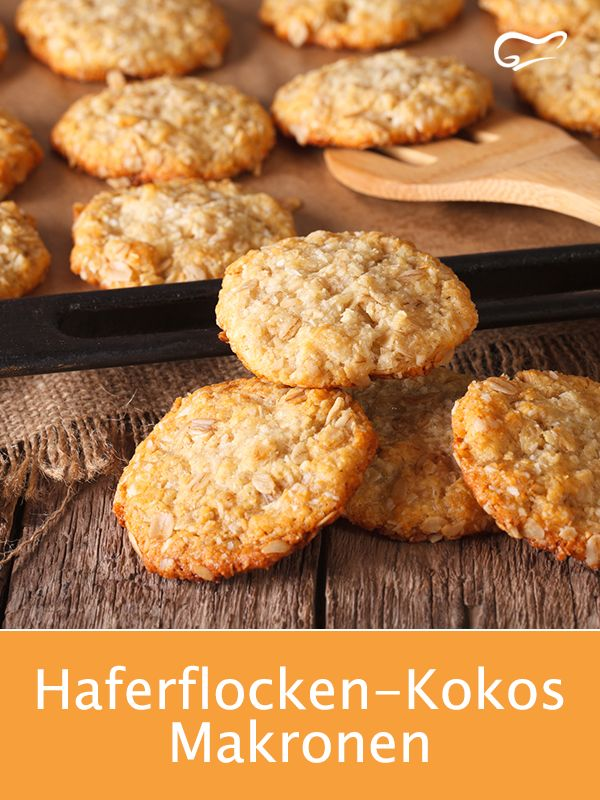 These macaroons made from oatmeal and grated coconut are prepared in no time at all and taste delicious.   – Plätzchen Rezepte