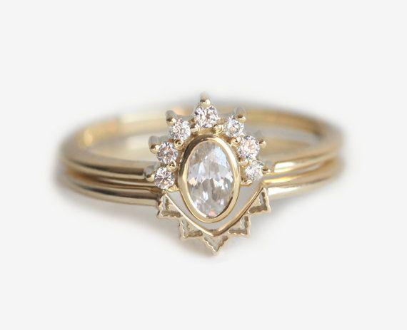 Anillo de corona de diamante ovalado con venda de por MinimalVS