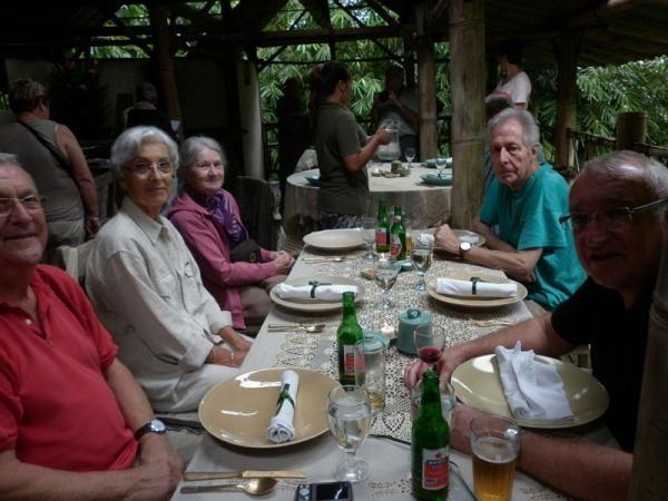 http://new-hls.s3.amazonaws.com/hls/data/721/gallery/thumbs/full_wlc_-_asieland-group-2_1426735970.jpg