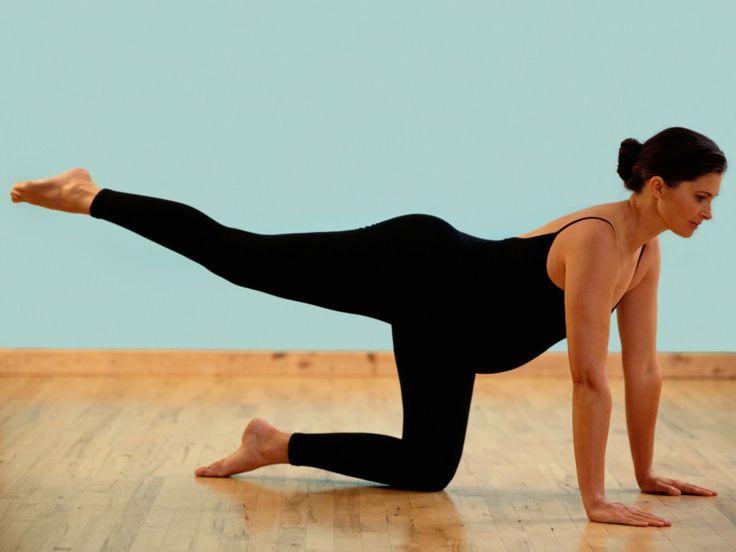 Schwangerschaftsgymnastik unterstützt eine gesunde Schwangerschaft und kann die Geburt erleichtern. Erfahren Sie mehr auf Onmeda, dem Internetportal für Ihre