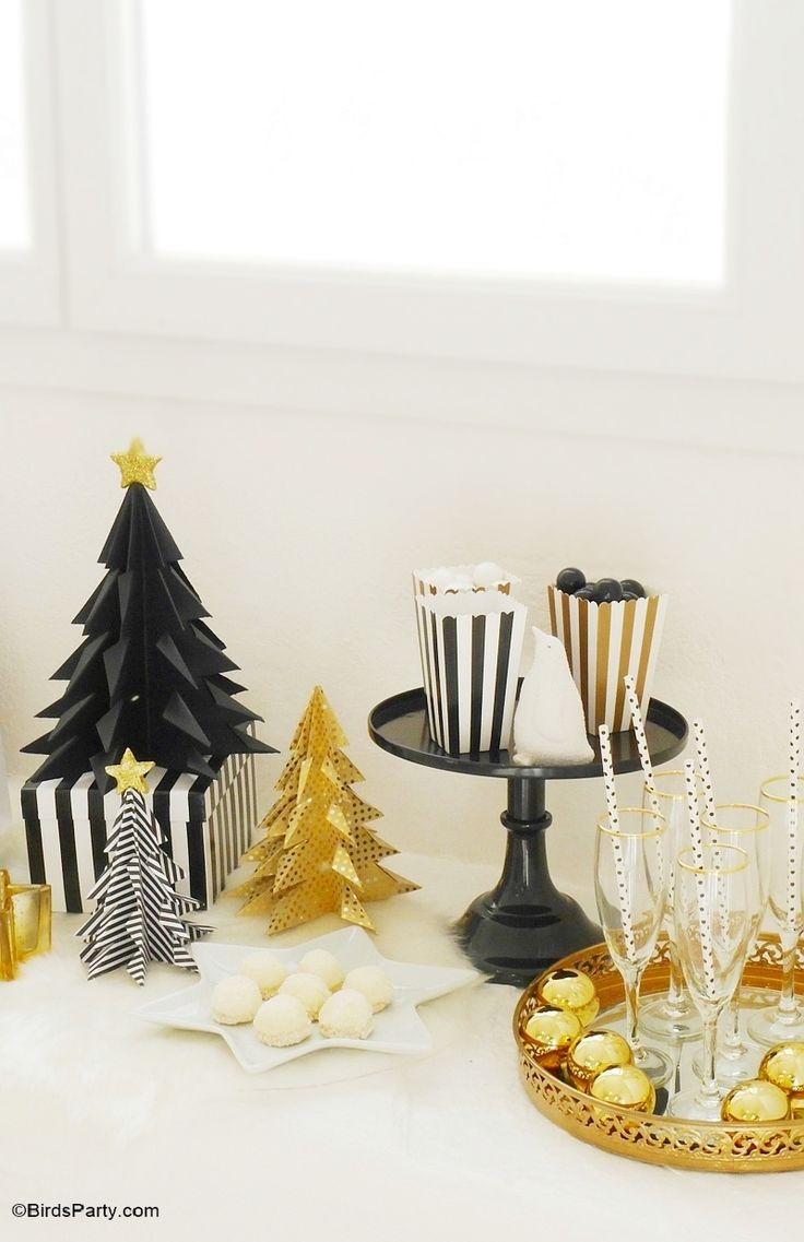 Black And White Christmas Party Ideas Part - 24: My Black U0026 Gold Christmas Party Tablescape