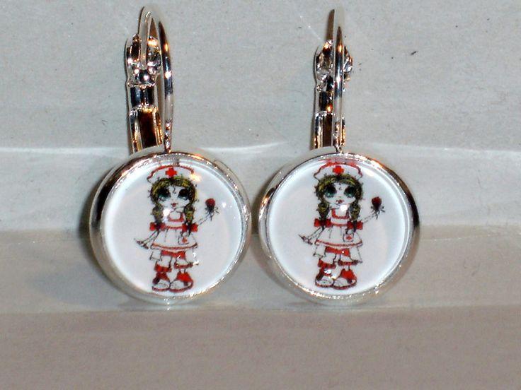Ohrringe - Ohrringe Kreuz Krankenschwester Schmuck Ohrschmuck - ein Designerstück von ausgefallene-Ohrringe bei DaWanda