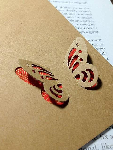 mariposa en carton