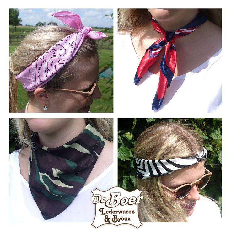 Bandana's / kleine sjaaltjes zijn weer helemaal hip! Er zijn zoveel mogelijkheden met onze bandana's. Online en in de winkel verkrijgbaar.