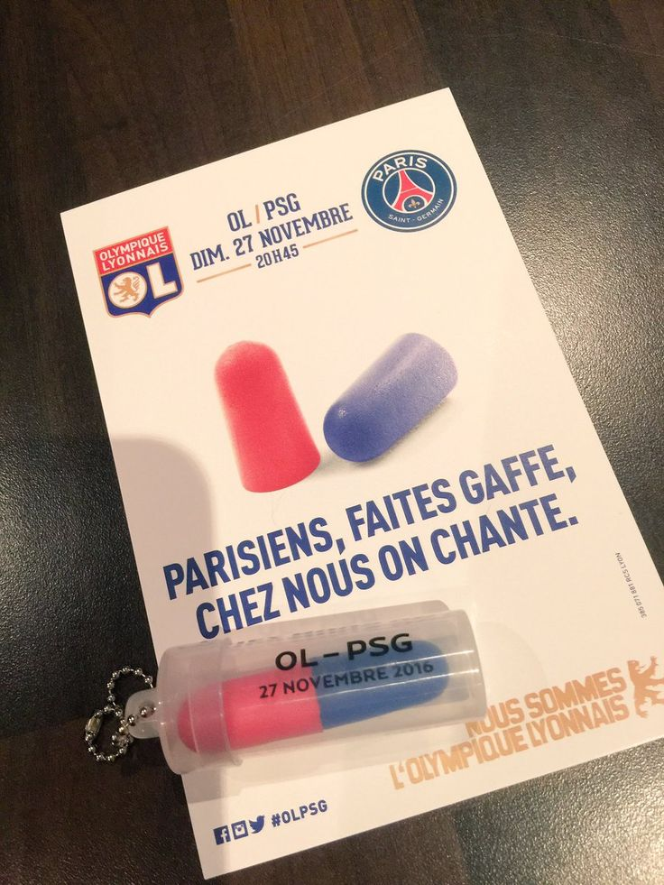 Entre le PSG et l'OL, ce n'est pas le grand amour qui règne. Et justement, les deux clubs vont se rencontrer à Lyon, au Parc OL, à l'occasion de la 14ème journée du championnat. Pour l'occasion, l'Olympique Lyonnais a décidé d'envoyer un kit RP plutôt original aux journalistes et influenceurs parisiens. Ces derniers ont reçu un communiqué de presse avec des bouchons d'oreilles. Le CP mentionnait également le message suivant : « Parisiens, faites gaffe, chez nous on chante ».