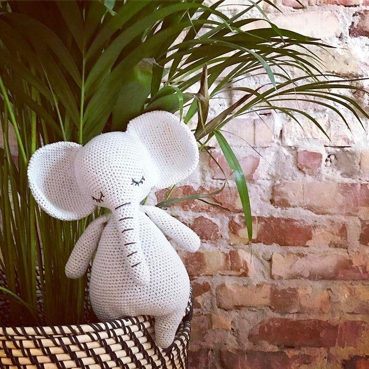 Crochet elephant by @overskaar #grenediy