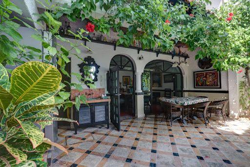 Parliamo un po' di un bellissimo posto dove poter passare serenamente il proprio soggiorno a Isla Mujeres. Cominciamo con il parlare un diSteven Broin. Steven ed io ci siamo conosciuti ad un…