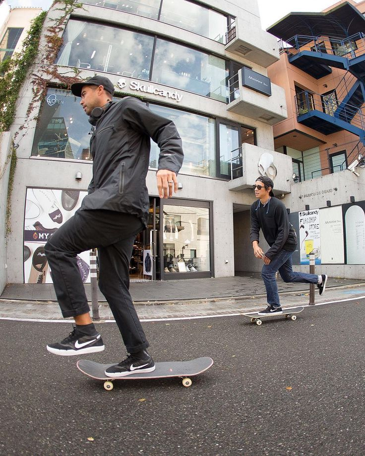 Eric Koston and Sean Malto -