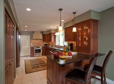 Traditional Kitchen Photos Kitchen Peninsula Design, Pictures, Remodel,  Decor And Ideas   Page