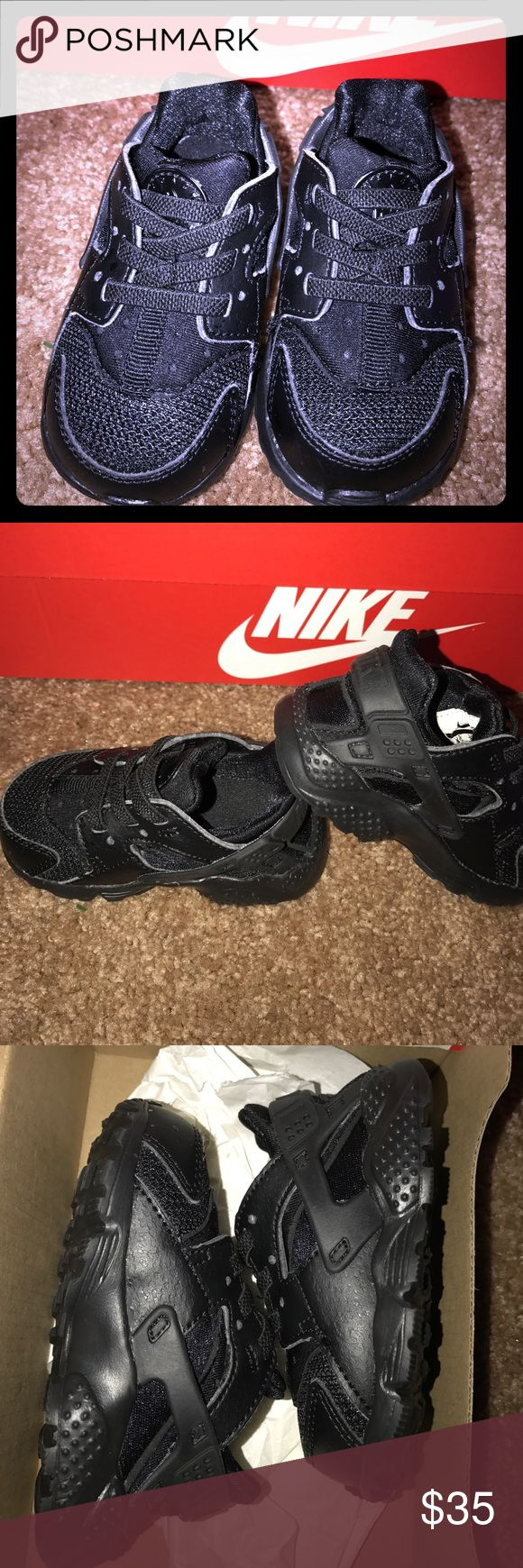 Toddler Huarache Run Nike shoe Size: 4  Color: Black  Condition: 9   My daughter wore these shoes maybe 3 times I absolutely love them that can go with anything but she's growing so fast. Nike Shoes Sneakers