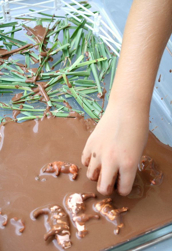 Pigs in the Mud Sensory Play and Counting Rhyme for Farm Theme