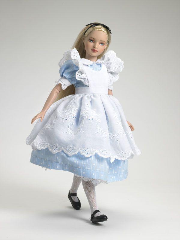 Tonner Doll Company Classic Alice II