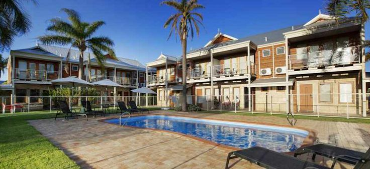 Discover Top 3 Busselton Recommended Hotels & Book up to 70% off. Click on photo. #busseltonhotels