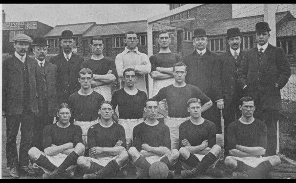 Barnsley Football Club, team photo from 1909