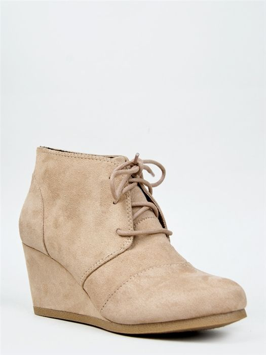 City Classified REX Lace Up Wedge Bootie -
