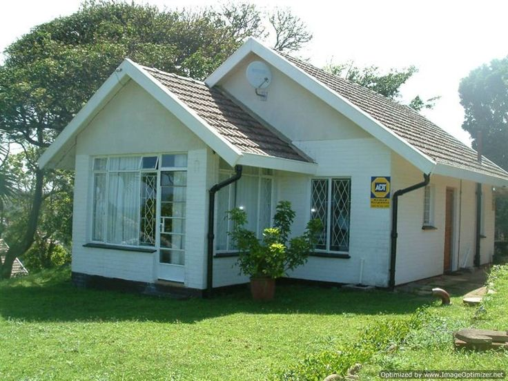 Cosy Cottage - Cosy Cottage is a self-catering cottage situated in Shelly Beach, on the KwaZulu-Natal South Coast.  The accommodation is located in a walled property with its own entrance, carport and security system. ... #weekendgetaways #margate #southafrica