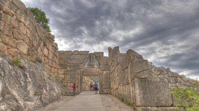 Mycenae Peloponnese mythological family road trip in Greece kids love greece