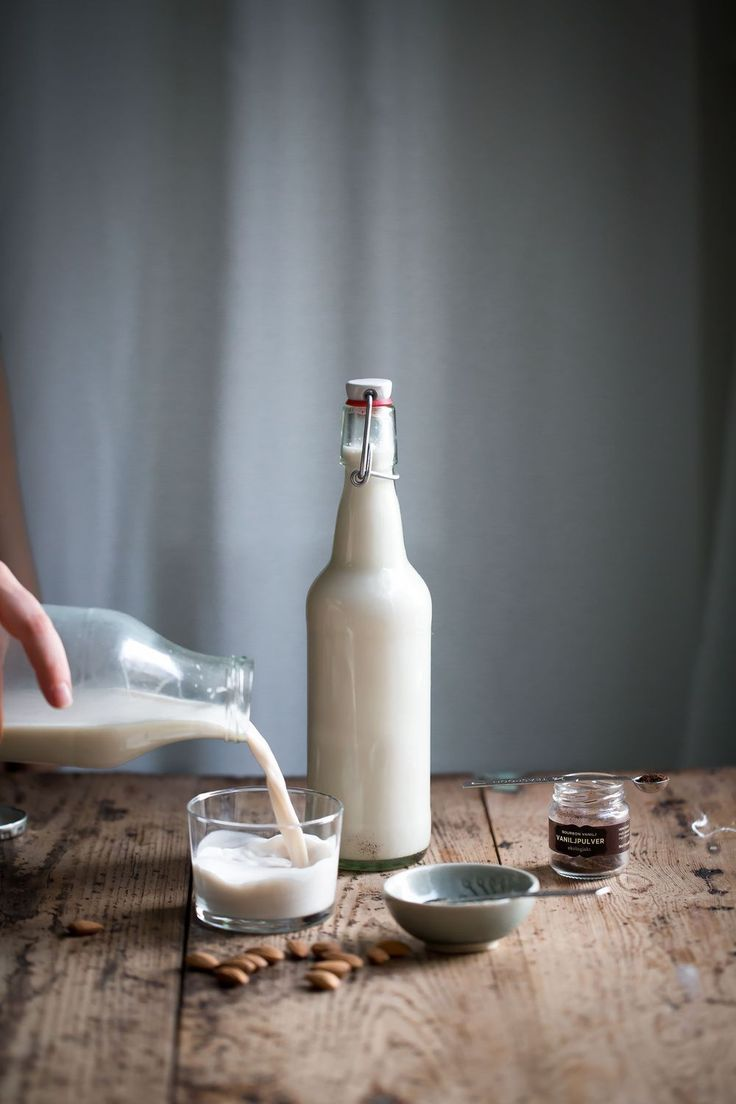 Hur Man Gör Egen Mandelmjölk / How to Make Your Own Almond Milk