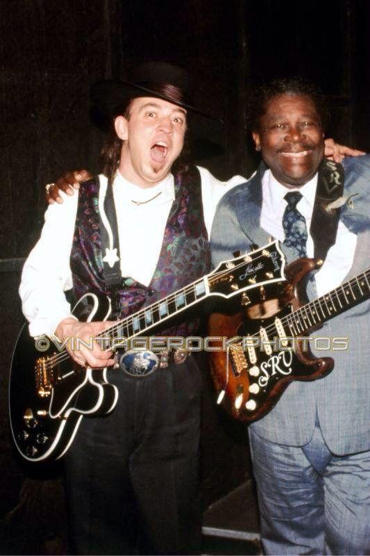 Stevie Ray Vaughan & BB King shootin' the breeze