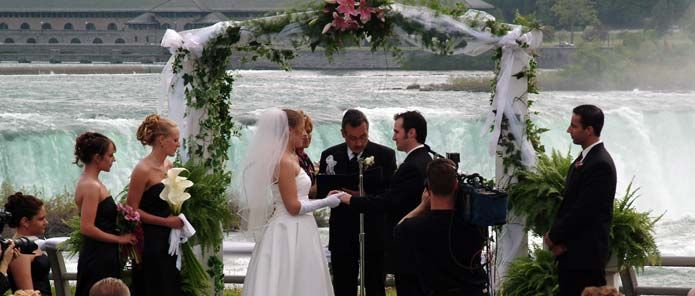 Niagara Falls Weddings | Niagara Falls Wedding Ceremonies - THIS IS WHAT I WANT